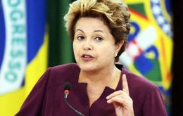 """I'm not going to fall. No, I'm not. It's a political struggle. People fall when they're ready to fall and I'm not. There's no reason for it"" Dilma said"
