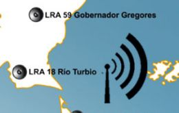 "The brief report, 9 to 12 minutes long is aired by LRA24, the Rio Grande public radio system, AM 640 Khz, and reaches Falklands territory ""with no problem""."