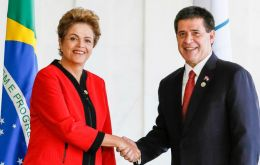 Dilma Rousseff formally hands the pro tempore presidency of Mercosur for the next six months to Paraguayan president Horacio Cartes