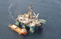 """Aware of the presence of a semi-submersible rig in the Argentine continental shelf involved in hydrocarbons exploration activities non authorized by Argentina..."""