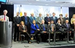 President Vazquez and his cabinet during the announcement of the infrastructure investment plan for the next four years