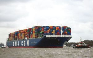 According to the shipper, the vessel has the capacity to transport almost 200,000 tons of goods between European, Middle East and Asian markets.