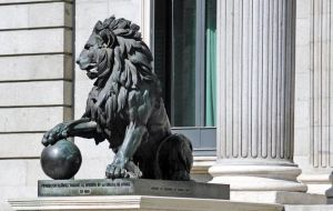 Men cultures are fascinated with lions and have been for centuries. We honor them with monuments, in many important buildings around the globe