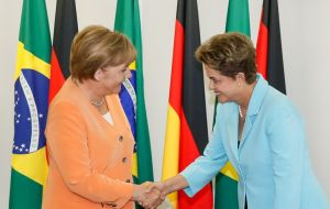 """I gained the impression that the president is very interested,"" Merkel said of the Mercosur trade negotiation after meeting Rousseff."