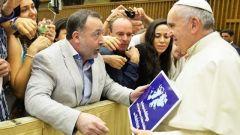 In Seguito il quadro, Hoyo ha Ammesso Che il Papa in modo Efficace Gli Disse di continuare un 'Fortemente' con la campagna Malvinas-Dialogo.