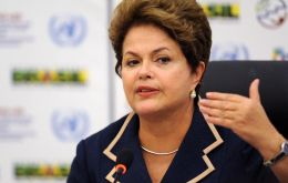 "The budget was presented with a deficit with the idea of being ""transparent"" and showing that the economy ""clearly has problems,"" Rousseff affirmed"