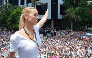 "Tintori read a letter from her jailed husband in which he said: ""I do not regret the decision that I made."" He added, ""great causes deserve great sacrifices""."