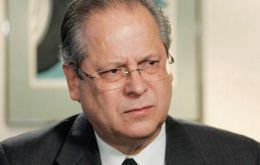 Dirceu, former chief of staff under ex-president Lula da Silva allegedly  masterminded the bribes and embezzlement scheme skimming Petrobras.