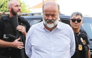 Vaccari was accused of receiving bribes from Petrobras contractors and distributing them to members of the ruling party.