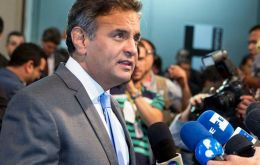 "PSDB will support an impeachment against Rousseff, said Neves: ""we're not the only ones asking Rousseff to step down, 60% of Brazilian are saying the same"""