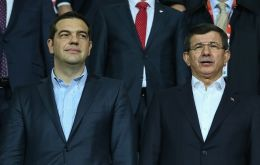 Turkish PM Ahmet Davutoglu and Greece's Alexis Tsipras (L) watched the game together in a sign of reconciliation between the two neighbors (Pic Reuters)