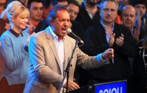 """We Peronists are the symbol of social justice, we create jobs and we must defend all that has been conquered along these years"" insisted Scioli"