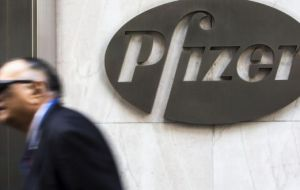The takeover could allow Pfizer to escape relatively high US corporate tax rates by moving its headquarters to Allergan's Dublin base.