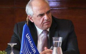 """Unasur expresses its most energetic rejection of all kinds of violence that could affect the normal development of the electoral process (in Venezuela)"""