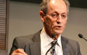 Sir Michael Marmot, WMA President said that poverty is fuelling the alarming spread of tuberculosis.