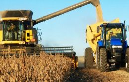 The harvest includes 101.5 million tons of soybeans; 28.8 million tons of corn and 12.2 million tons of rice.