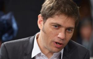 Kicillof criticized the current policies saying the IMF has taken over the Argentine economy, and anticipates inflation, a drop in salaries and recession