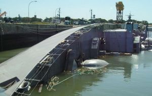 This is how she looked after having been abandoned in Puerto Belgrano finally tilting and sinking on her side
