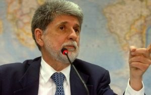 "Ex Brazilian foreign and defense minister Celso Amorim said the dispute showed that ""it is time the Brazilian armed forces reduced their dependence on Israel."""