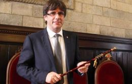 Puigdemont, the 53-year-old mayor of Girona who comes from a fervently pro-independence family, will now appoint his cabinet.