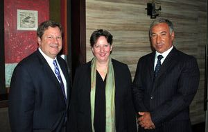 UK and US ambassadors Fiona Clouder and Michael Hammer, with Dieter Linneberg, Executive Director of Chile's Corporate Leaders Group on climate change
