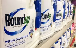 Roundup is used by farmers throughout the world in more than 140 countries, generating Monsanto US$4.8 billion in fiscal 2015 revenue.