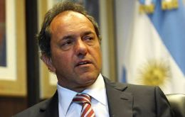 """It's important that the people don't resign themselves to a lower quality of life,"" said former Victory Front (FpV) presidential candidate Daniel Scioli"