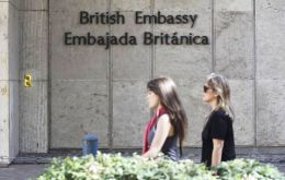Buenos Aires media reports indicate that the Foreign ministry made a formal presentation on Fallon's visit to the British embassy in Buenos Aires