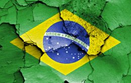 Brazil's economic performance last year vies with that of Russia as the worst in a major economy for 2015.
