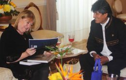 The Argentine minister Susana Malcorra with Bolivian president Evo Morales