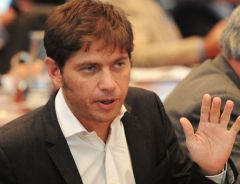 "Former Economy Minister Kicillof strongly questioned the preliminary agreement reached with so called holdout or ""vulture"" funds"