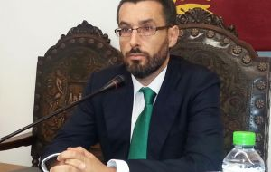 "The mayor of La Linea Juan Franco, said that ""when Gibraltar sneezes, La Línea catches a cold"",  summing up the relationship between the neighboring cities."