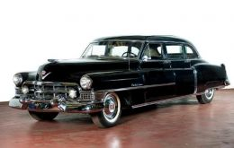 The going price for the black classic, also used by Evita´s husband, three times Argentine president Peron, is estimated at between 120.000 and 150.000 Euros.