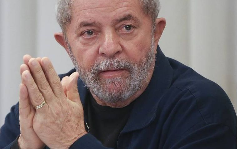 """Justice, it is only justice what I expect for me and everybody within the framework of in-force democratic rule of law,"" Lula in the open letter published in the media"