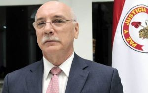 """We do not interfere in the internal affairs of countries"" stated the Paraguayan foreign minister Eladio Loizaga"