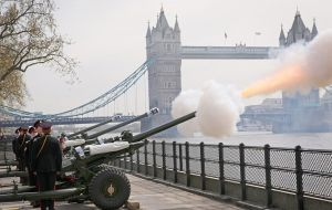 Earlier, Royal gun salutes were fired from each of the UK's capital cities as the Queen met crowds of well-wishers in Windsor.
