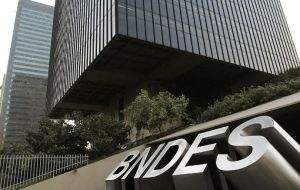 BNDES has a greater turnover than the World Bank and has been used to support Brazilian multi-nationals globally and rescue them from mismatch consequences.