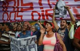 Organizers estimated 2,000 people participated in the demonstration. In Rio de Janeiro, about 1,000 protesters staged a march calling for Temer to resign.