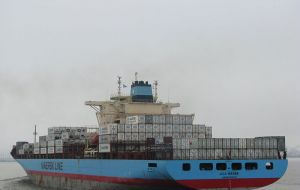 Maersk said the decision was not definitive but conditioned to the necessary width of the Montevideo port access channel, so that vessels can operate with no delays.