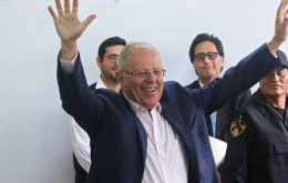 Earlier, polling firm Ipsos said its quick count of a sample of votes gave Kuczynski, known in Peru as PPK, about 50.5% and Fujimori 49.5%, a technical tie