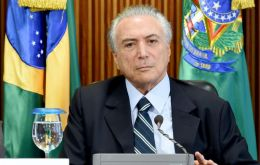 The increases were accounted for in this year's budget, according to the Planning Ministry, so they should find support in the coalition of interim President Temer