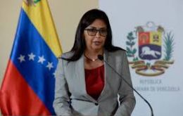 """We are aware of the existence of economic forces operating in the dark who want an implosion of Mercosur"" claimed Delcy Rodriguez"