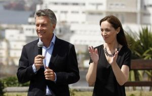 Last Friday Macri was forced to cut short a rally in which he was delivering a housing project, next to Buenos Aires province Maria Eugenia Vidal