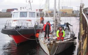 Three representatives visited the Falklands in early July to assess the yacht's condition and make the necessary plans for the return trip to Argentina