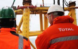 A joint operation of Total Austral, Wintershall Energy and Panamerican South the well is located in 50 meters deep water and linked through a 77kms pipeline
