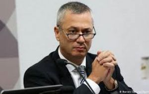 """The government wants to smother the Car Wash probe. It is very worried,"" Medina Osorio was quoted as saying by Veja."