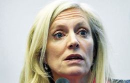 Fed governor Lael Brainard said the risk with raising rates too soon is that it could damage the fragile economy.