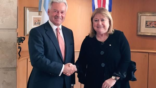 Argentina agree joint steps on Falklands in win