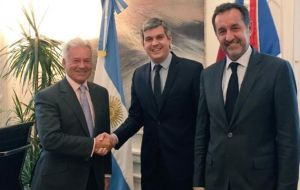 Duncan in Government House met Macri's cabinet chief Marcos Pe;a and Strategic Affairs Secretary Fulvio Pompeo.