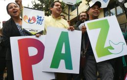 The two pollsters, Datexco and Ipsos Napoleon-Franco, show a comfortable majority of Colombians saying they will ratify the peace deal.